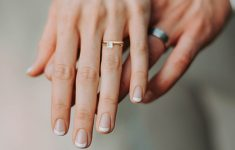 How Do You Wear Your Wedding Ring