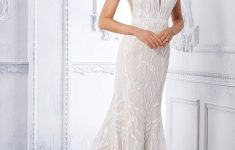 Fit And Flare Wedding Dress  PNG