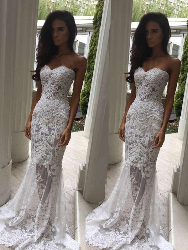 Sweetheart Lace Trumpet Wedding Dress  PNG